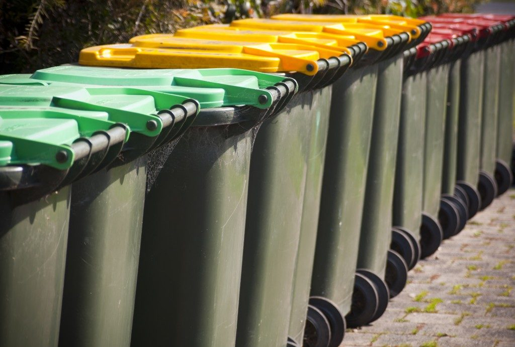 trash bins for segregation